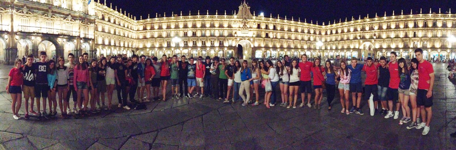 Visita a Salamanca por la noche en el campamento de verano