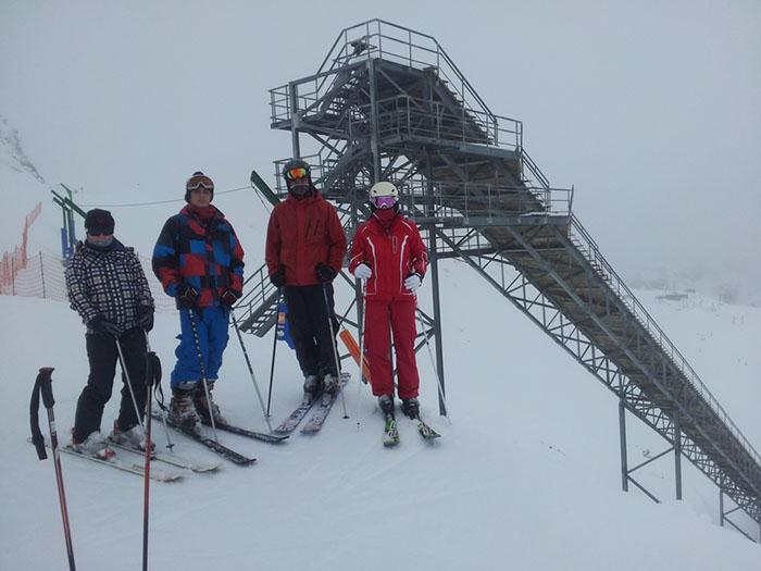 Curso de ski Reyes Astún 2014. Nevando