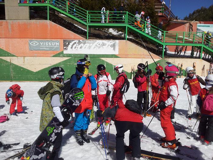 Cursillo ski sábados 2014. La Pinilla. Esquí con monitores todo el día