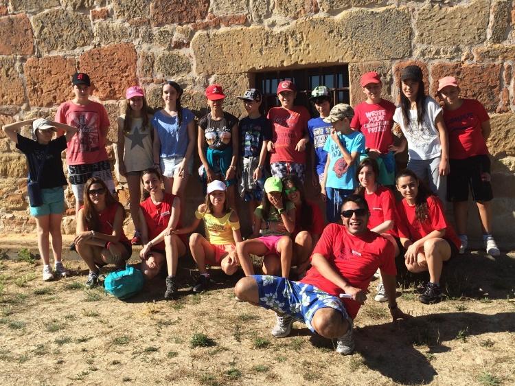 Grupo de niños en campamentos de verano