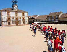 Excursión a Riaza en el campamento de verano en Madrid en la Sierra. Recomendado y de confianza para niños en Julio
