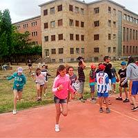 Campamento de verano con inglés o frances en Salamanca. Colonia de vacaciones.
