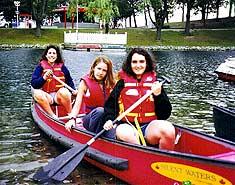 Canoa. Cursos de inglés en Canadá en verano. Julio y agosto.
