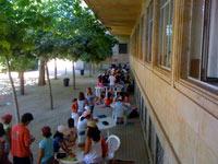 Campamento de verano con inglés o francés en Salamanca, España. Exterior.