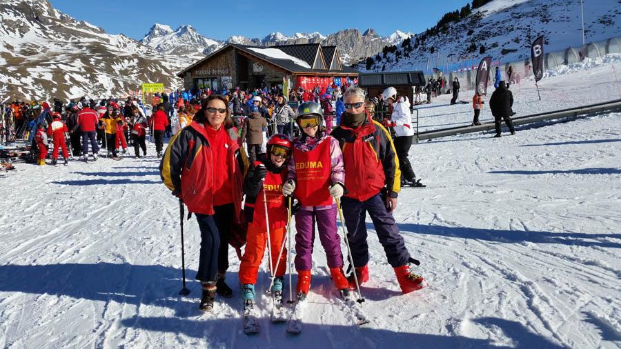 Reyes 2015. Diversión esquiando