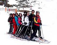 curso de esquí para niños, jovenes y familias en vacaciones escolares. ski en familia. La Pinilla o Valdesquí.