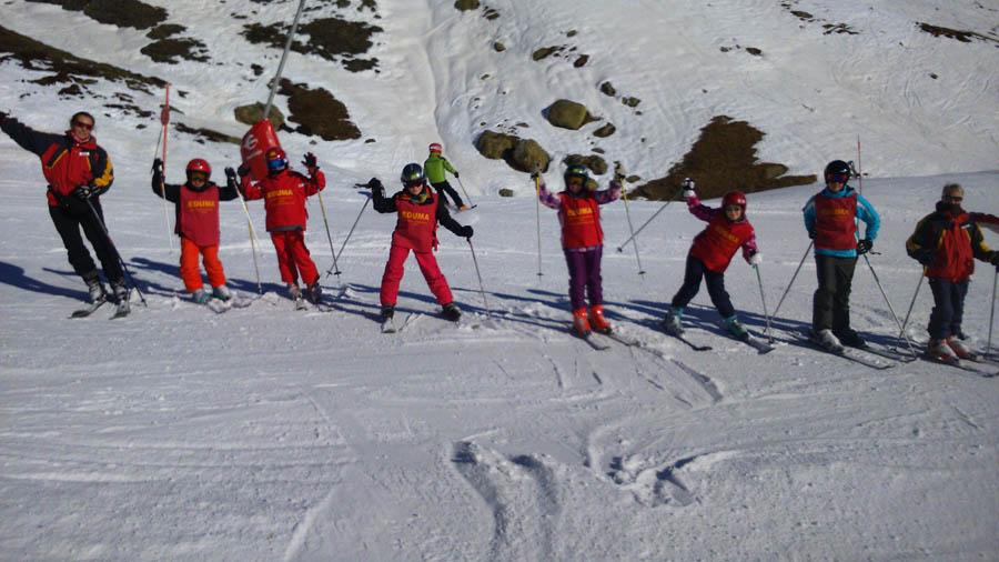 Curso de ski en Formigal, Reyes 2015. Clases de esquí grupo infantil