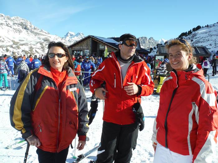 Cursillo de ski en Formigal, Reyes 2015. Descansando en pistas