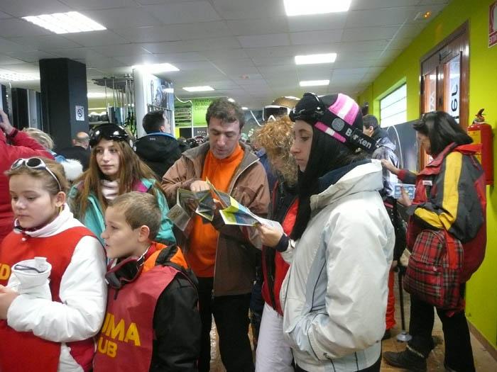 Grupo niños en Cabalgata