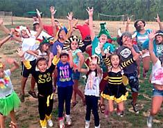 Mejores años recomendados para asistir a los campamentos de verano para los niños pequeños de 6 y 7 años.