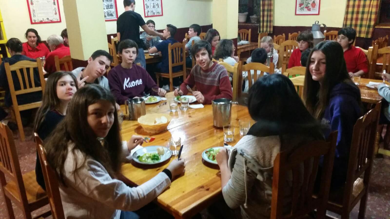 Vacaciones Escolares 2015. Curso de ski. Cena