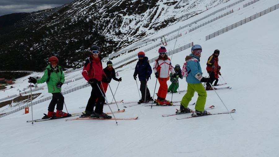 curso de esquí, sabados, La pinilla, Aprender a esquiar, esquí en familia, ski infantil, esquí juvenil