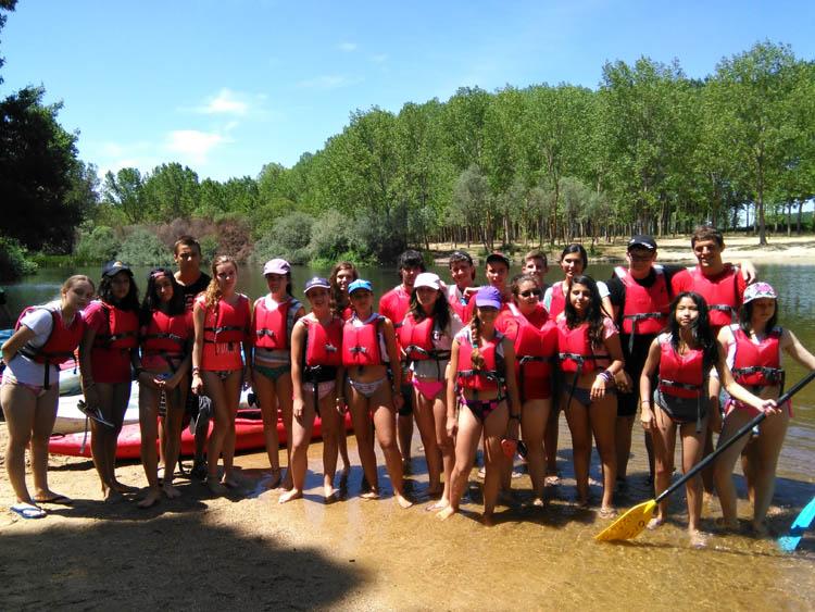 Piragua en el Rio Tormes. Campamento