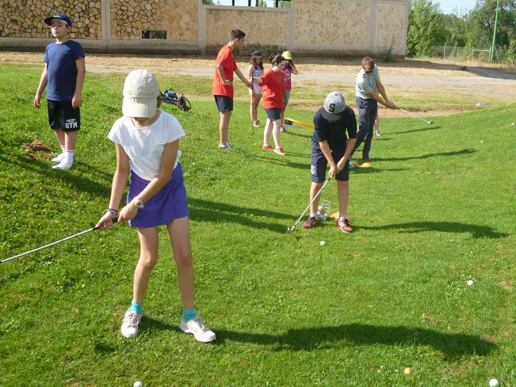 Golf en el campamento Salamanca Eduma