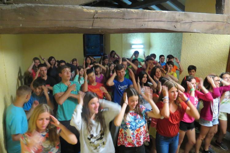 Grupo niño campamento Asturias 42