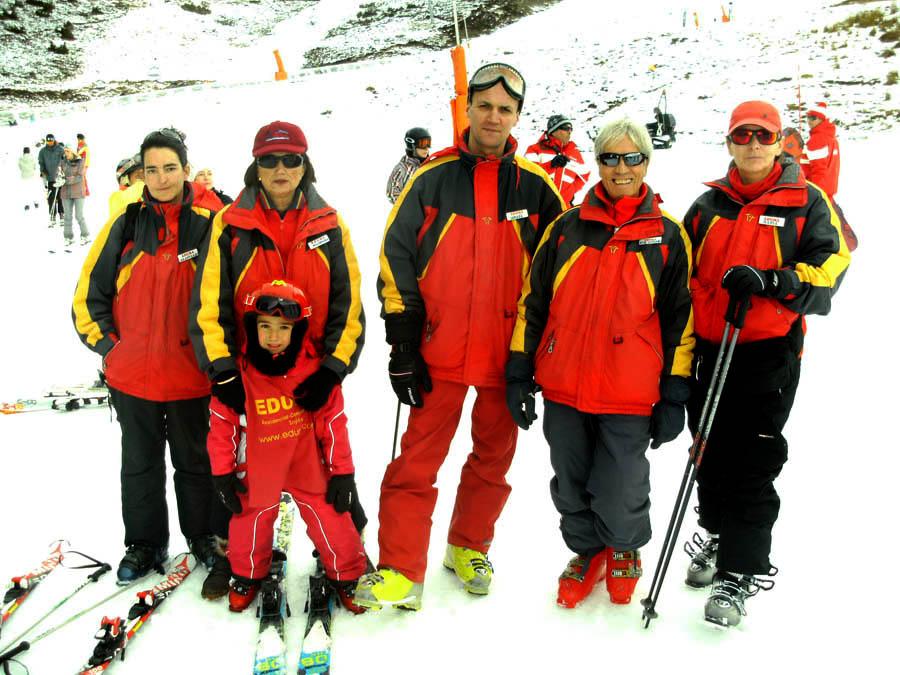 Cursillo de esquí para niños y familias en Saint Lary Reyes