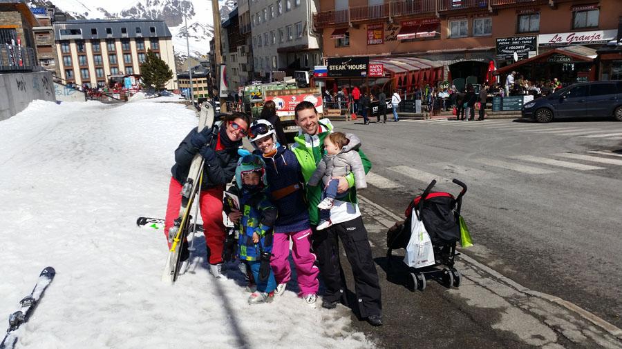 Aprender a esquiar en Pas de la Casa, Grandvalira. Andorra. Estudios y apartamentos