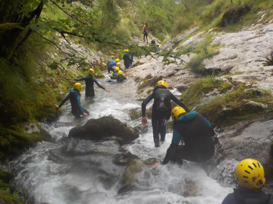 Barranquismo. Campamento multiaventura Asturias.