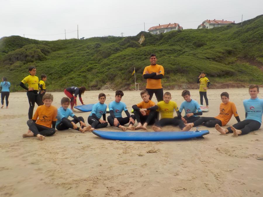 Surf campamento multiaventura Asturias julio