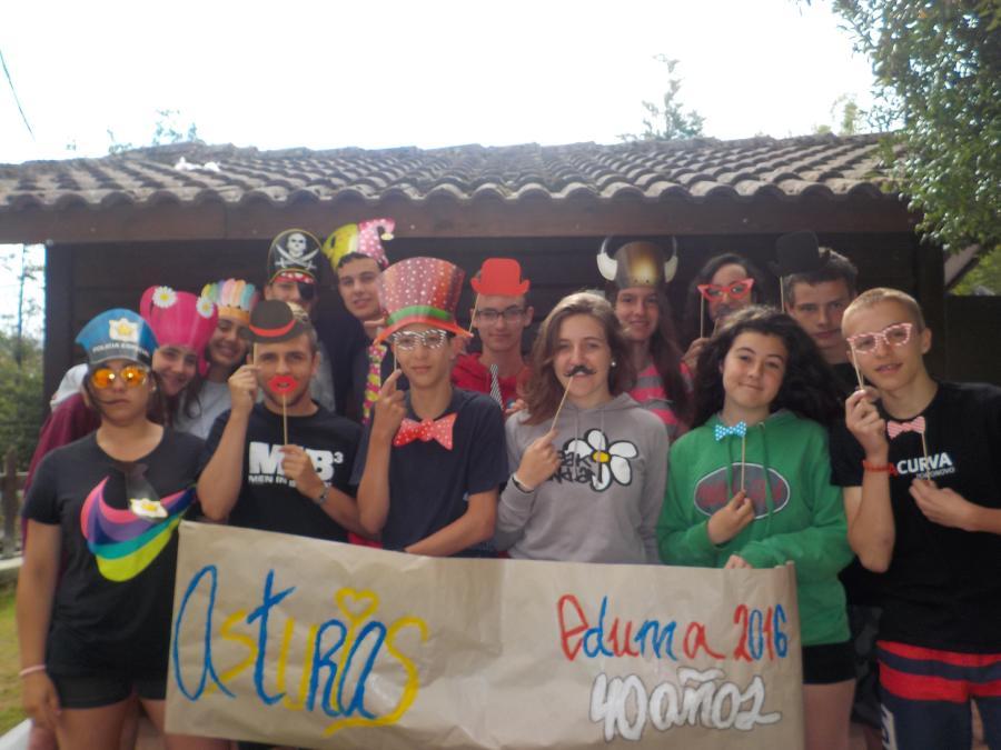 Grupo de niño campamento en Asturias