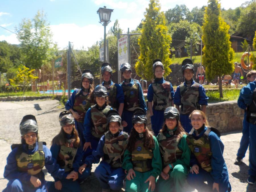 Excursión y actividad de paintball en el Campamento de Asturias