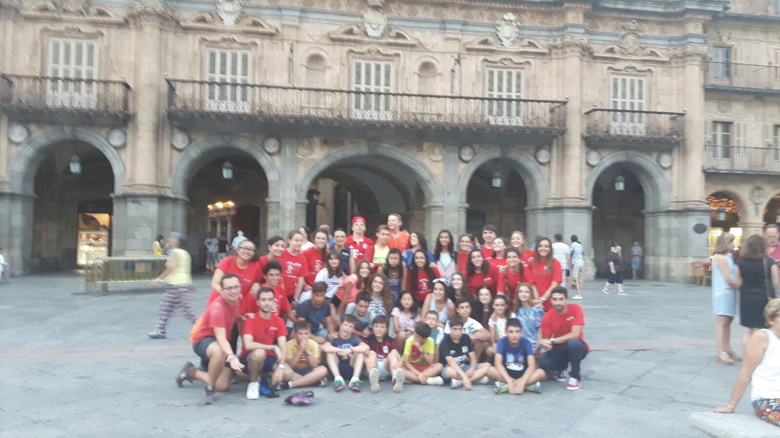 Campamento Residencial Salamanca con idiomas. Excursión