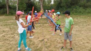 iniciación al esgrima en el campamento de veranoen Riaza