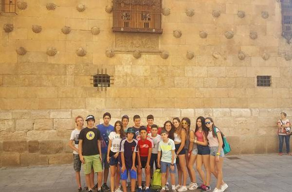 Excursioón y visita guiada a salamanca del campamento residencial con idiomas en Salamanca