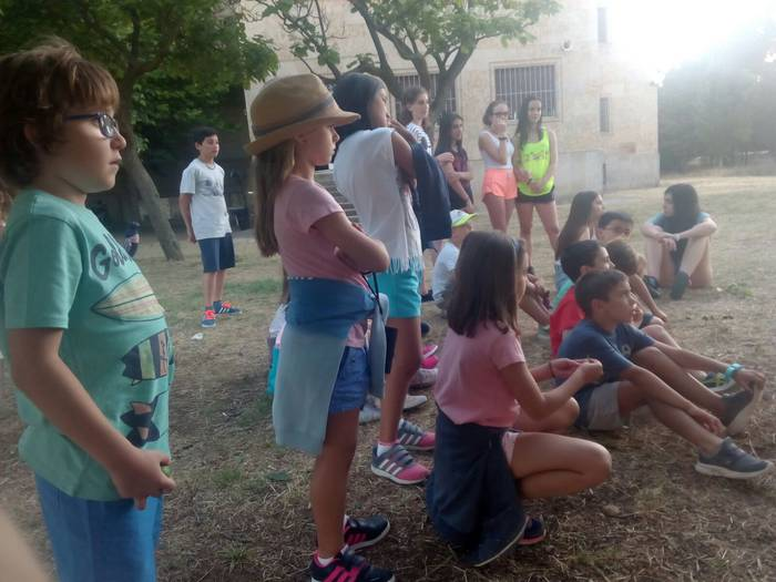 Dinamicas de grupos en el campamento con inglés de Salamanca