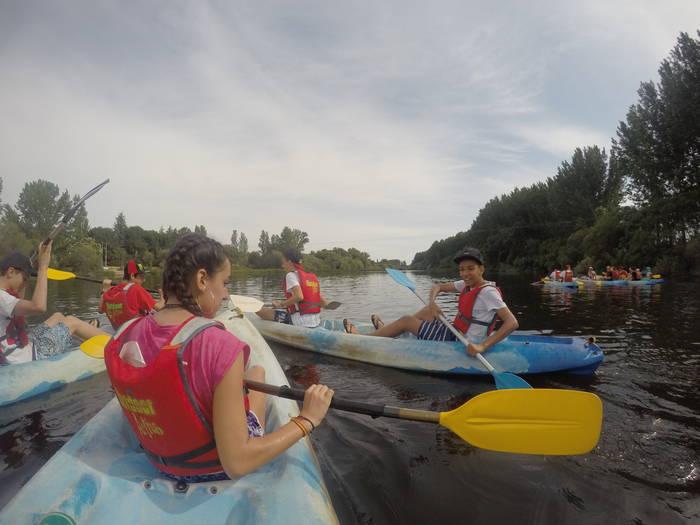 Actividades acuaticas del campamento de salamanca con idiomas