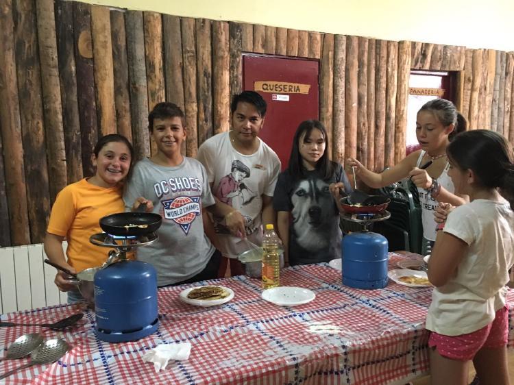 Actividades en inglés en el campamento de La Casona del Prado, Riaza, en Agosto