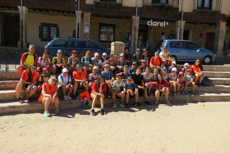 Visita al pueblo del campamento de Riaza de Agosto