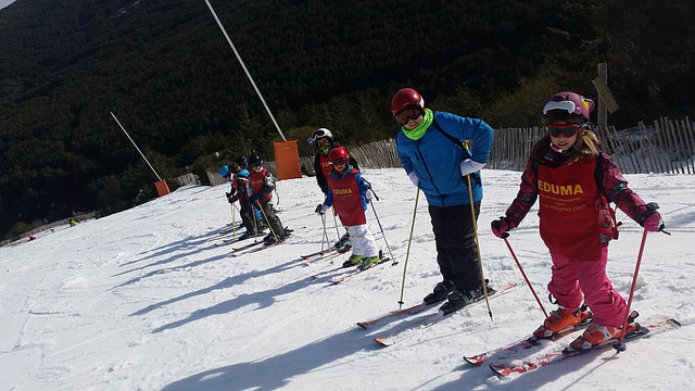 Campamento nieve esqui Vacaciones escolares 2017