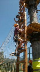 Multiaventura. Actividades de campamento de verano para jovenes