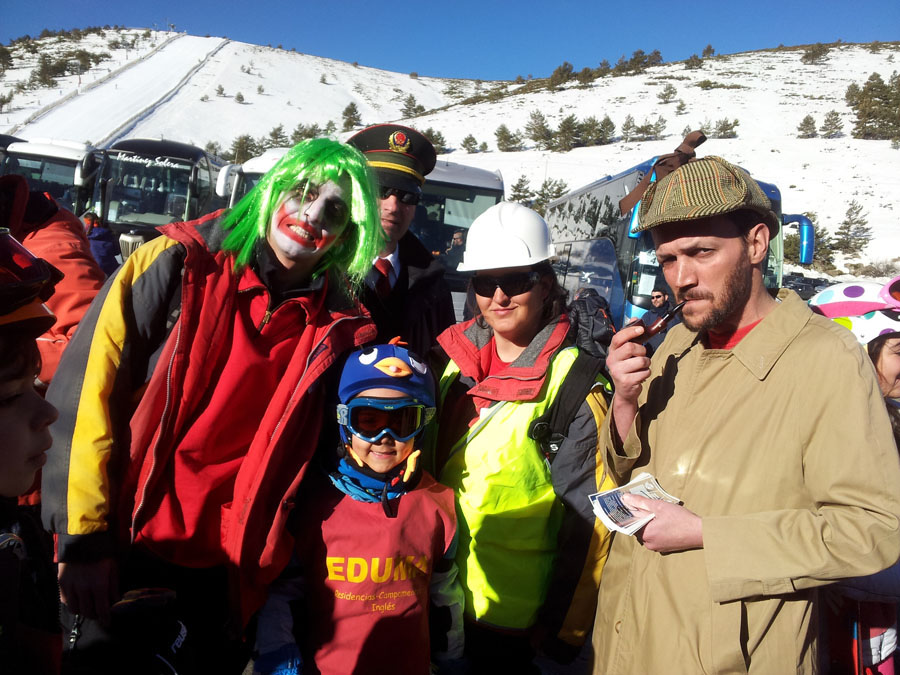 Carnavales en el curso de ski de los sábados en Valdesqui