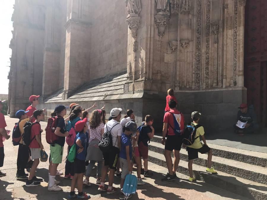 Visita niños campamento a Salamanca