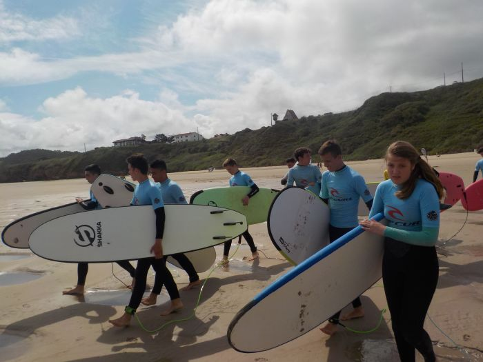 Surf campamento multiaventura Asturias