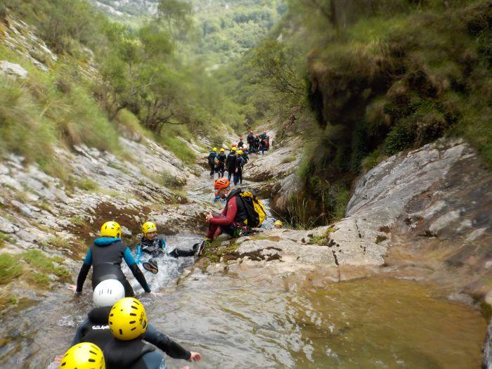 Barranquismo Campamento multiaventura Asturias