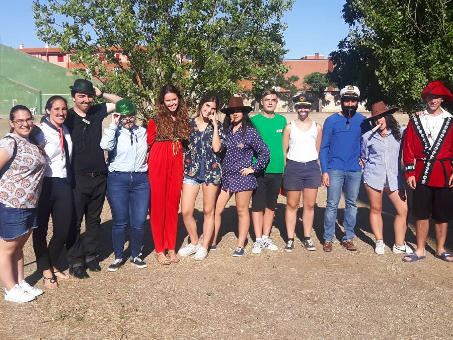 Dia tematico Campamento con idioma Salamanca