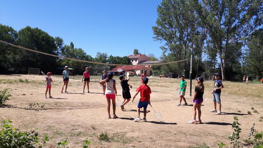 deportes en campamento