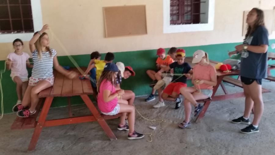 Manualidades niños campamento