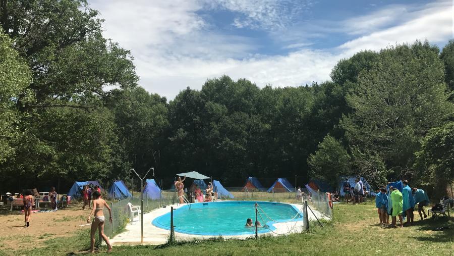 piscina campamento