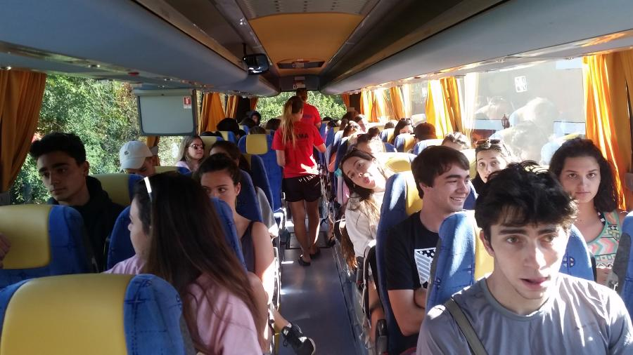Excursion autobus campamento