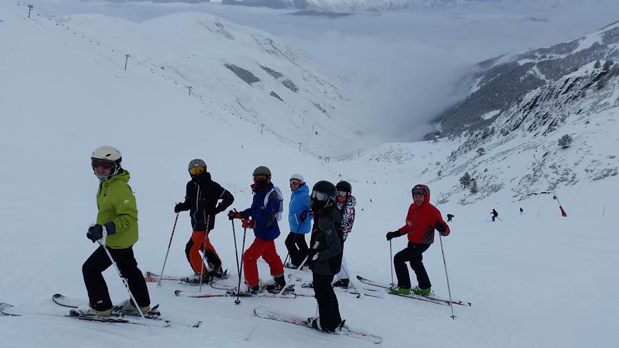 clases de esqui en reyes en Pirineos franceses