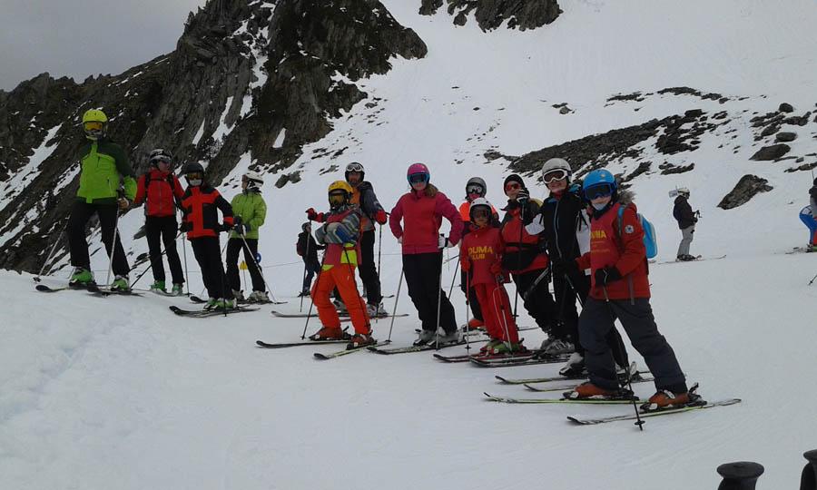 cursos de esqui en pirineos franceses para infantil, jovenes y adultos, solos o en familias