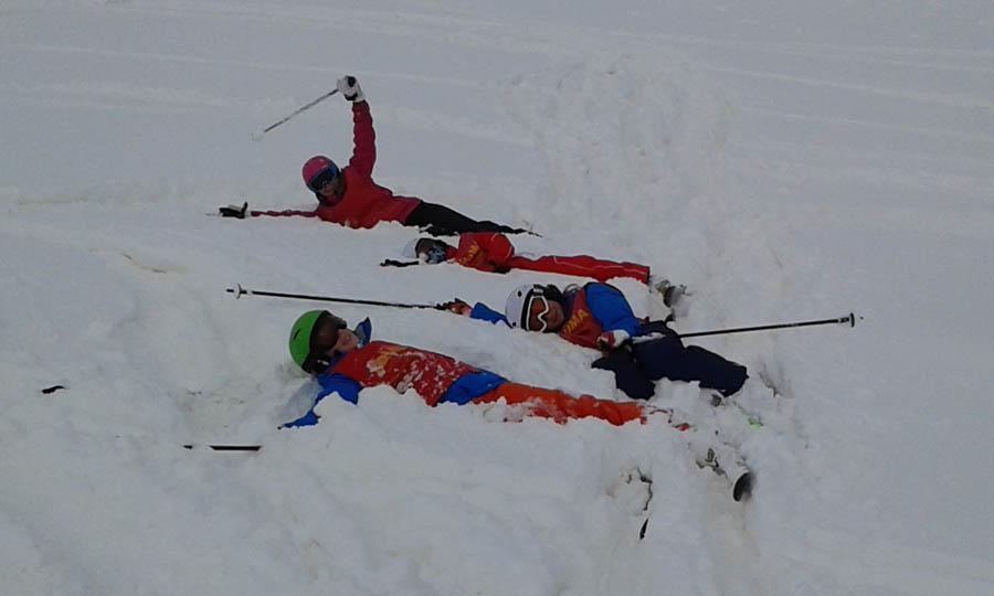 cursillos de esqui para todas las edades, solo o en familia en Saint LAry