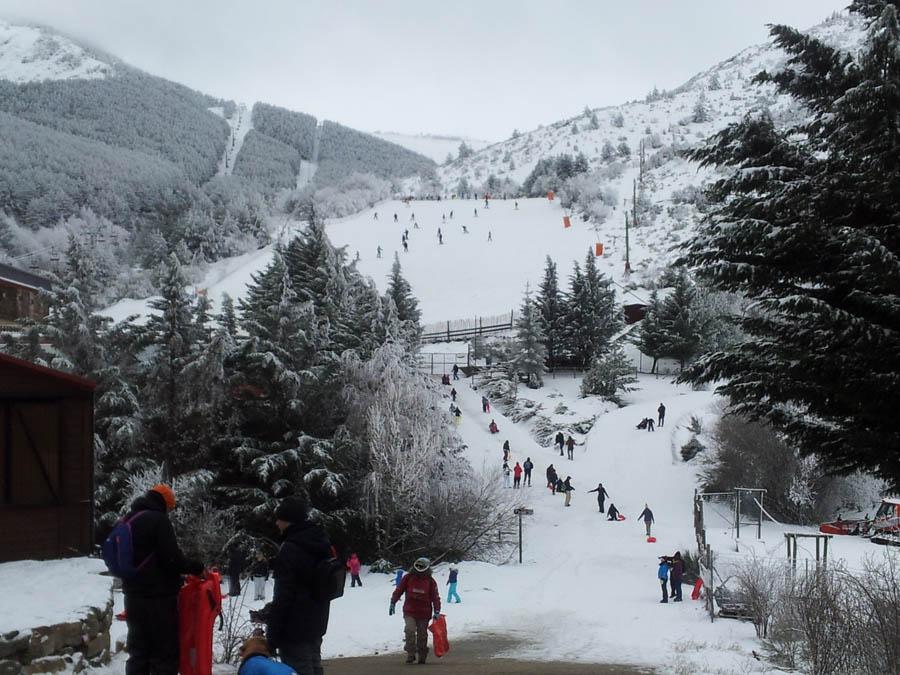 cursillos de ski en la sierra de madrid