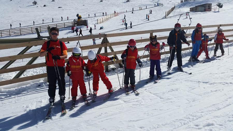 curso de ski en vacaciones escolares