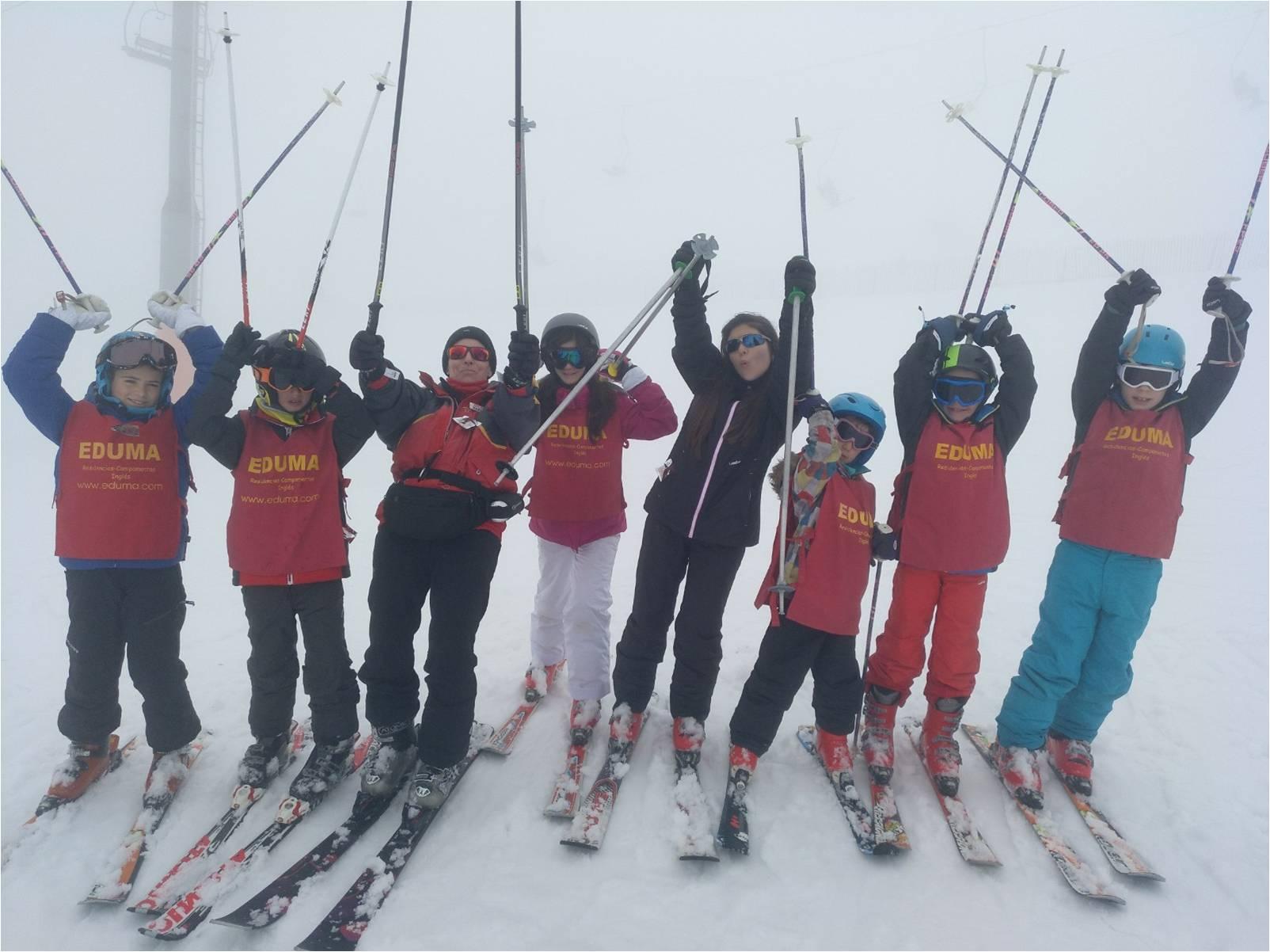 viajes a la nieve organizados para aprender a esquiar