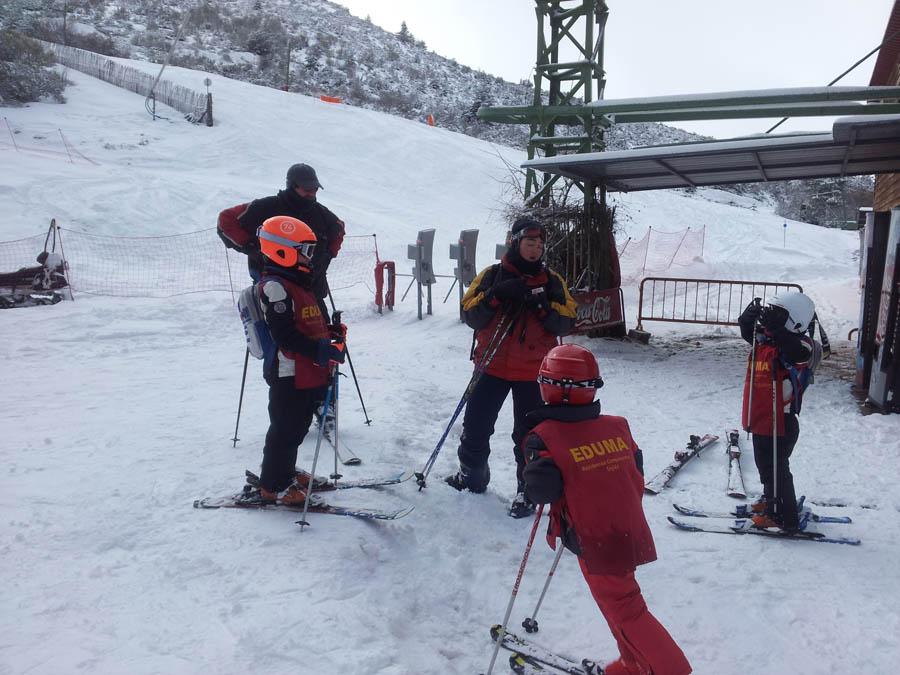 clases de ski para todos los niveles sea cual sea a partir de 6 años